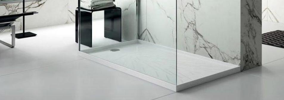 Receveur de douche sur mesure en quartz silestion pour une salle de bain sur mesure